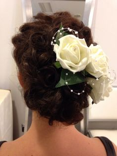 A bride with curls. I pinned in or Randomly.