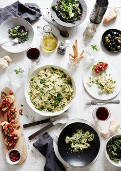 Spontan Gäste? Leichte, mediterrane Köstlichkeiten. Unkompliziert und stilvoll serviert. Für einen entspannten und gelungenen Abend.