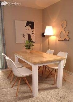 Indoor/Outdoor Pallet Dining Room Table DIY Pallet TutorialsPallet Desks & Pallet Tables