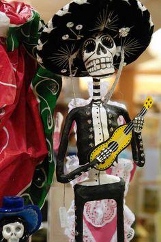 Mariachi -Dia De Los Muertos