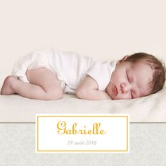 Faire-part de naissance Ambiance florale 5 photos by Tomoë pour www.fairepartnaissance.fr #rosemood #atelierrosemood #birthanouncement #birthinvitation #birth #sweet #orange #girl