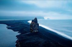 #hetravelschic | The Black Beach of Vik, Iceland