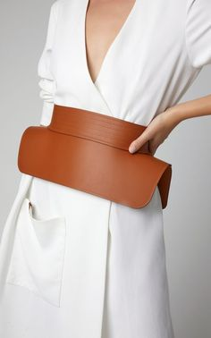 I want to start with a huge thank to the creator of this amazing trend. Belt bag trend came in Womens Fashion Online, Latest Fashion For Women, Chic Outfits, Fashion Outfits, Fashion Trends, Mango Bags, Fashion Details, Fashion Design, Trendy Swimwear