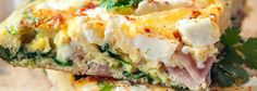 Frittata z szynką, szpinakiem i fetą | Kwestia Smaku Frittata Muffins, Feta, Broccoli, Lunch Box, Cooking, Breakfast, Healthy, Ethnic Recipes, Blog