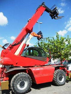 Manitou MRT 2150 Roto Year: 2007 Series: Privilege Hrs: 2809 Forks Hook 4 ton P 600 Engine: Mercedes  Ready for sale.