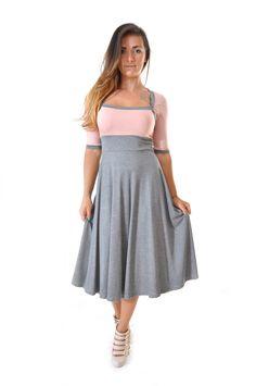 Robe évasée sweetheart grise et rose poudré : Robe par gwaelonna dress