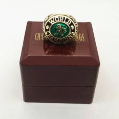 1974 Oakland Athletics A's Major League Baseball Custom Sports Championship Ring With Wooden Boxes