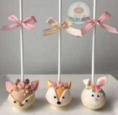 Gustos SON Gustos's Birthday / Woodland romantic - Photo Gallery at Catch My Party Baby Birthday Cakes, Fairy Birthday Party, 1st Birthday Girls, 1st Birthday Parties, Romantic Birthday, Baby Shower Cookies, Woodland Party, Cake Pops, Girl Cakes