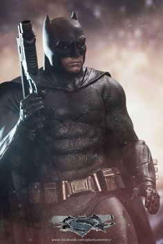 Hot Toys Batman V Superman Batman Figure Final Product Images Revealed & Batman suit gets upgrade from Batman v. Superman to Justice League ...