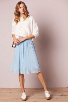 Lilian Pleated Midi Skirt Light Blue by Only Blue Pleated Skirt, Pleated Skirt Outfit, Dress Skirt, Midi Skirts, Blue Skirt Outfits, Chic Outfits, Spring Outfits, Accordian Skirt, Light Blue Skirts