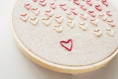 adorable embroidered stitched hearts in a hoop tut just in time for v-day!