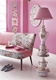 Pretty & pink. Love the lamp...oh my!