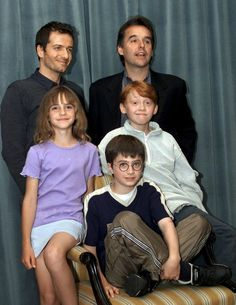 Harry Potter cast announced 2000. I just loooove the awkwardness and Rupert's face!!