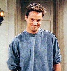 𝑻𝒉𝒆 𝑪𝒉𝒂𝒏𝑪𝒉𝒂𝒏 𝑴𝒂𝒏 -Brooklyn – – – – – Movie/TV show: Friends – – – – – – – T A G S – immanent-reservist Tv: Friends, Chandler Friends, Serie Friends, Friends Cast, Friends Moments, Friends Tv Show, Matthew Perry, Ross Geller, Phoebe Buffay