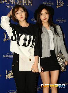 은정慇晶Eunjung&효민孝敏Hyomin◕‿◕✿出席마노핀(Manoffin)梨泰院店開幕
