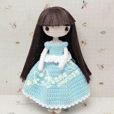 Doll amigurumi crochet pattern - FREE Amigurumi Pattern