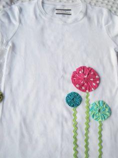 Customização de camisetas com fuxico