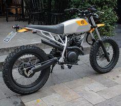 "1,110 Likes, 83 Comments - Bendita Macchina (@benditamacchina) on Instagram: ""Lusco-fusco - Yamaha Fazer 250cc 0km."""