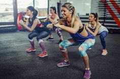 You can do a full-body tabata workout using just a kettlebell. Circuit Training Workouts, Tabata Workouts, Cardio, Easy Workouts, Fitness Apps, Group Fitness, Hiit, Body Pump, Aerobics Workout