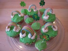 St Patrick Day cupcakes with Rainbow Airheads