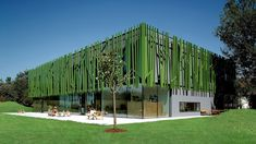 Inspired by nature - this kindergarten meges in with the natural surroundings.