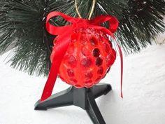 Como fazer enfeites para decorar a árvore de natal