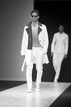 www.soupmagazine.com  #SoupDigital Milan Men's Fashion Week, Mens Fashion Week, Anna Dello Russo, Ermanno Scervino, John Varvatos, White Jeans, Russia, Pants, Black