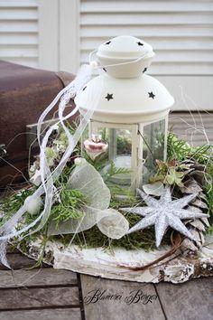 Weihnachtsdeko - :::: Weihnachts | Winterdeko Laternenzauber :::: - ein Designerstück von BlumereiBerger bei DaWanda #weihnachtsdekoweihnachten Weihnachtsdeko - :::: Weihnachts | Winterdeko Laternenzauber :::: - ein Designerstück von BlumereiBerger bei DaWanda