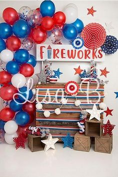 Kate of July Fireworks Balloon Children Backdrop Designed by Lisa B 4th Of July Photos, Fourth Of July Food, 4th Of July Fireworks, 4th Of July Party, 1st Birthday Balloons, First Birthday Parties, First Birthdays, Backdrop Design, Backdrop Ideas