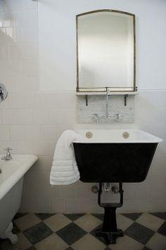 trough-sink-Aaron-Hojman's-Casa-Zinc