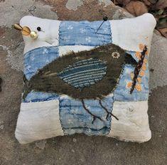 Earlywork~Rabbit Hill, Handmades by Jenn Tavoletti: October Offerings Applique Fabric, Felt Fabric, Fabric Art, Happy Pumpkin, Blue Pumpkin, Little Acorns, Fabric Animals, Fall Pillows, Little Stitch