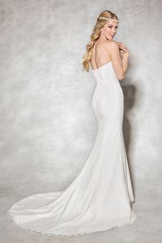 Front view of Amore Elegantly simple wedding dresses traje de