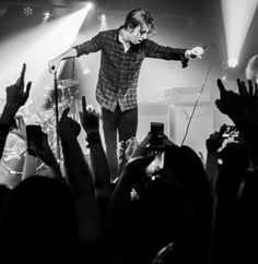 i wanted everything at once. until you blew me out my mind. and now, i don't need nothing. Van Mccann, Kyle Simmons, Ryan Evans, Matt Helders, George Daniel, Catfish & The Bottlemen, Dan Smith, Band Photography, Celebrity Skin