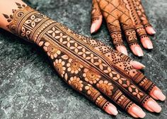 Gorgeous Indian mehndi designs for hands this wedding season Indian Henna Designs, Latest Bridal Mehndi Designs, Full Hand Mehndi Designs, Stylish Mehndi Designs, Henna Art Designs, Mehndi Design Pictures, Mehndi Designs For Girls, Wedding Mehndi Designs, Mehndi Designs For Fingers
