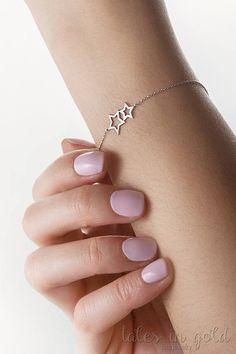 Double Gold Star Bracelet Dainty Gold Bracelet Wish Star Star Jewelry, Cute Jewelry, Jewelry Gifts, Jewelery, Diamond Bracelets, Gemstone Bracelets, Silver Bracelets, Ankle Bracelets, Healing Bracelets