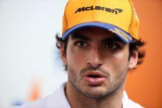F1 | Mercedes, Hamilton tranquillo dopo il quinto posto nelle libere Hamilton, F1, Pilot, Captain Hat, Baseball Hats, Boxing, Baseball Caps, Caps Hats, Baseball Cap
