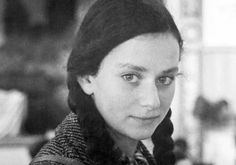 Gerti Deutsch, German-Jewish child rescued by the Kindertransport, 1938.