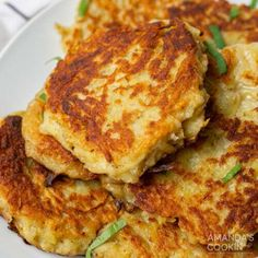 Coarsely grated potatoes and onions are mixed with flour, egg, salt, and pepper to make incredibly crisp potato pancakes right on the stovetop. Crispy and crunchy potato pancakes are pan-fried to golden brown perfection. These potato cakes complement any meal and are quite easy to make! Coarsely grated potatoes and onions are mixed with flour, egg, salt, and pepper to make incredibly crisp potato pancakes right on the stovetop. This savory side dish can be served with sour cream and fresh herbs