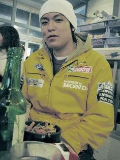 TOP Pre debut. I hope all of those cigarette butts arent his!!!
