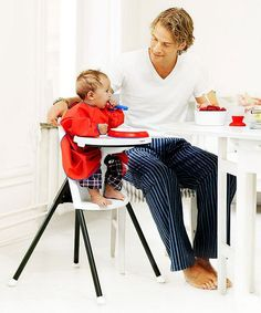 6b7c8cdaaa6 Dine in style with the Baby Bjorn High Chair