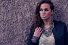 Model Tamara met Xzota sieraden
