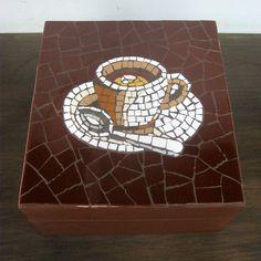 Chá   Célia Sodré   Flickr Mosaic Tray, Mosaic Tile Art, Mosaic Pots, Mosaic Artwork, Mirror Mosaic, Mosaic Garden, Mosaic Crafts, Stone Mosaic, Mosaic Glass