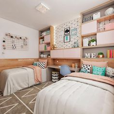 Remarkable girls room tween - pay a visit to our website for way more inspiring ideas! Room Design Bedroom, Girl Bedroom Designs, Kids Room Design, Home Bedroom, Bedroom Decor, Room Kids, Kids Rooms, Twin Girl Bedrooms, Teen Room Decor