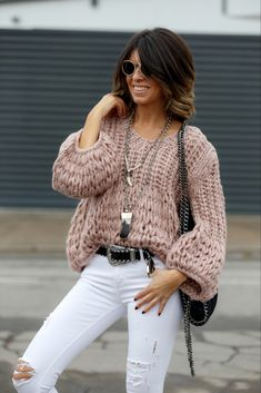 """""""Tonos pastel"""" : Alice rises up Loose Sweater, Sweater Hoodie, Pullover, Cool Outfits, Casual Outfits, Fashion Outfits, Fashion Clothes, Teen Fashion, Casual Shirts"""