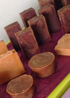"Ma CosmétoDéco &Co: Savon gourmand : ""Gâteau Banane-Chocolat-Lait cru""... Diy Savon, Coffee Soap, Chocolate, Soap Making, Bath Bombs, Sweet Potato, Bath And Body, Diy And Crafts, Homemade"