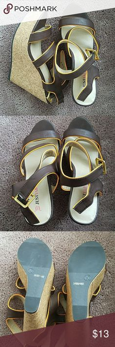 Wedge Never been worn JustFab Shoes Wedges