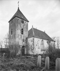 Oterdum (dorp) - Het dorp moest wijken voor de verbreding van de dijk en voor industrie.