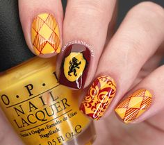 Nail Polish Society>> Harry Potter Gryffindor Nails, 40 Great Nail Art Ideas: Films and Hehe Stamping Plate Review