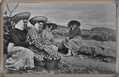 Adeje - La Caldera año 1960.....  #canariasantigua #blancoynegro #fotosdelpasado #fotosdelrecuerdo #recuerdosdelpasado #fotosdecanariasantigua #islascanarias #tenerifesenderos