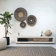 Simple Living Room, Elegant Living Room, Living Room Modern, Contemporary Candle Holders, Interior Styling, Interior Decorating, Vinyl Storage, Interior Inspiration, Interior And Exterior